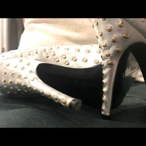 Givenchy Shoes - Givenchy Silver Heels